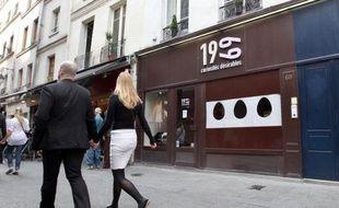 Le tribunal correctionnel de Paris a déclaré mercredi coupable, tout en le dispensant de peine, le gérant d'une boutique de sex toys située à moins de 200 mètres d'une école, dont une association de familles catholiques réclamait la fermeture.
