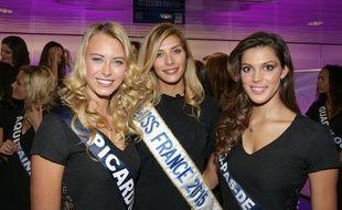 Camille Cerf, Miss France 2015 à Lille avec miss Nord-Pas-de-Calais (à droite) et miss Picardie (à gauche).