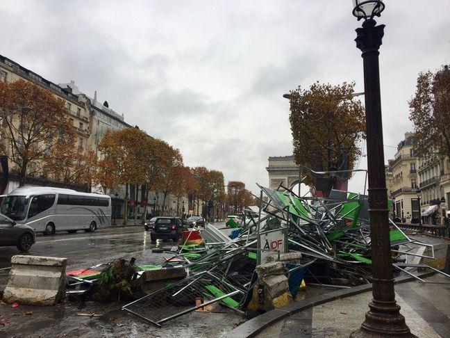 Samedi 24 novembre, des débordements ont émaillé la manifestation des gilets jaunes à Paris, notamment dans le secteur des Champs-Elysées.