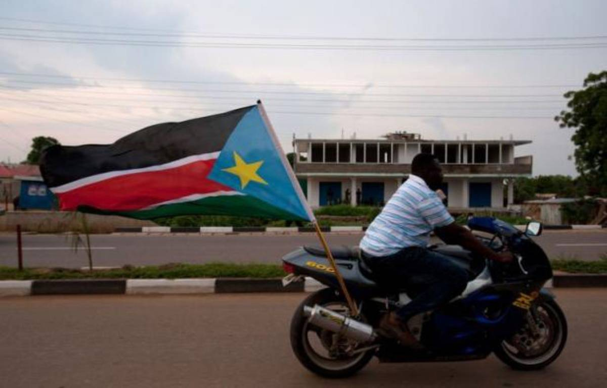 Le Soudan du Sud fête le premier anniversaire de son indépendance dans une atmosphère plutôt morose lundi : le pays a connu une année difficile, marquée par un conflit avec le Soudan et l'arrêt de sa production de pétrole, qui l'a privé de 98% de ses revenus. – Giulio Petrocco afp.com