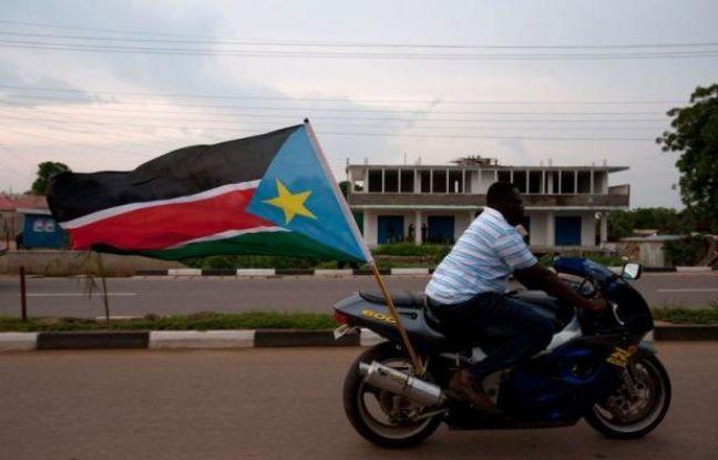 Le Soudan du Sud fête le premier anniversaire de son indépendance dans une atmosphère plutôt morose lundi : le pays a connu une année difficile, marquée par un conflit avec le Soudan et l'arrêt de sa production de pétrole, qui l'a privé de 98% de ses revenus.