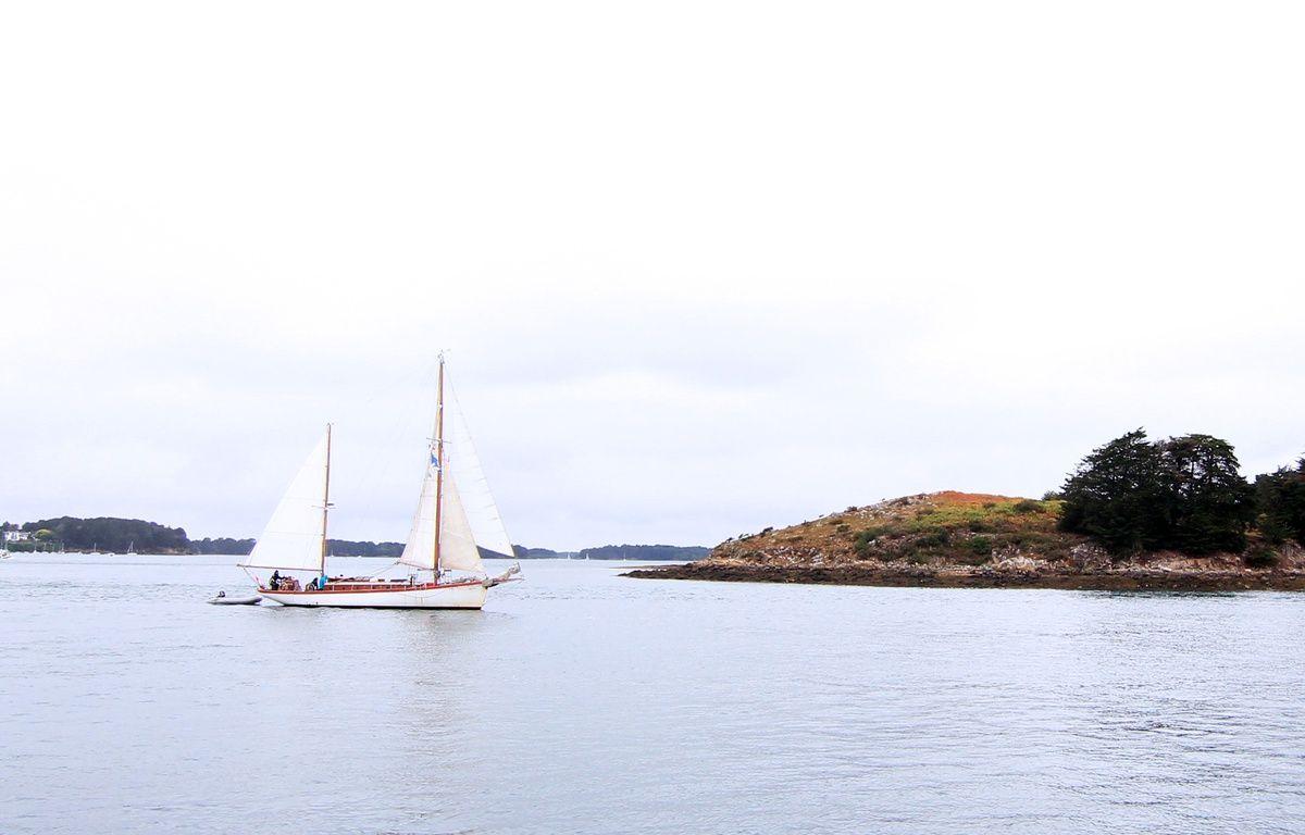 Un voilier navigue dans le golfe du Morbihan.  – C. Allain / APEI / 20 Minutes