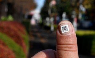 Des étiquettes d'identification pour éviter de perdre les personnes âgées japonaise