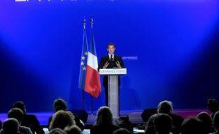 """Le candidat UMP à la présidentielle Nicolas Sarkozy a déclaré jeudi que le retour à l'équilibre financier en 2016 se ferait pour """"les trois quarts"""" par la réduction des dépenses."""