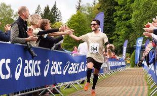 Matt Campbell, ici sur une autre course, est décédé après s'être effondré au 36e kilomètre du marathon de Londres.