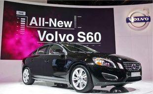 La nouvelle Volvo S60 a déjà promené sa silhouette aguicheuse sur de nombreux salons, comme ici à New York.