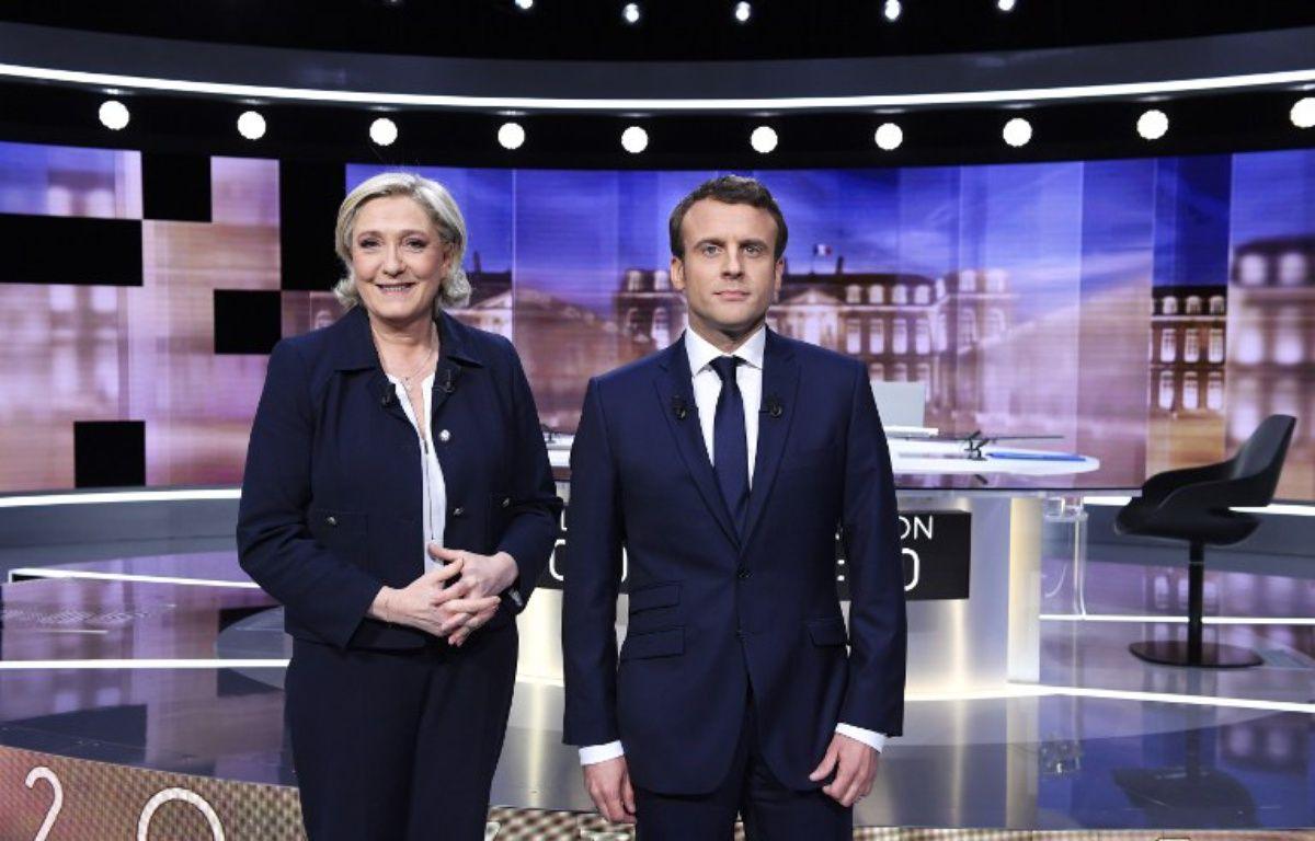 Marine Le Pen et Emmanuel Macron lors du débat du 3 mai 2017. – Eric FEFERBERG / POOL / AFP