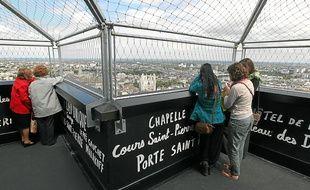 Situé en haut de la tour Bretagne, le Nid offre une vue à 360° sur la ville