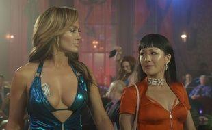 Queens de Lorene Scafaria Des stripteaseuses se lient d'amitié et décident de conjuguer leurs talents pour arnaquer et prendre leur revanche sur leurs riches clients de Wall Street. Leur plan fonctionne à merveille, mais argent et vie facile les poussent à prendre de plus en plus de risques…