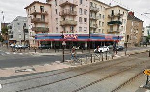 L'accident s'est produit sur le boulevard des Martyrs à Nantes.