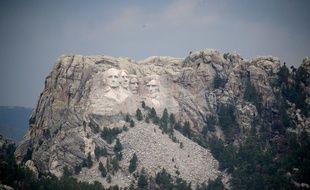 Le Mont Rushmore, avec les visages de Washington, Jefferson, Roosevelt et Lincoln, dans le Dakota du Sud, le 2 juillet 2020.