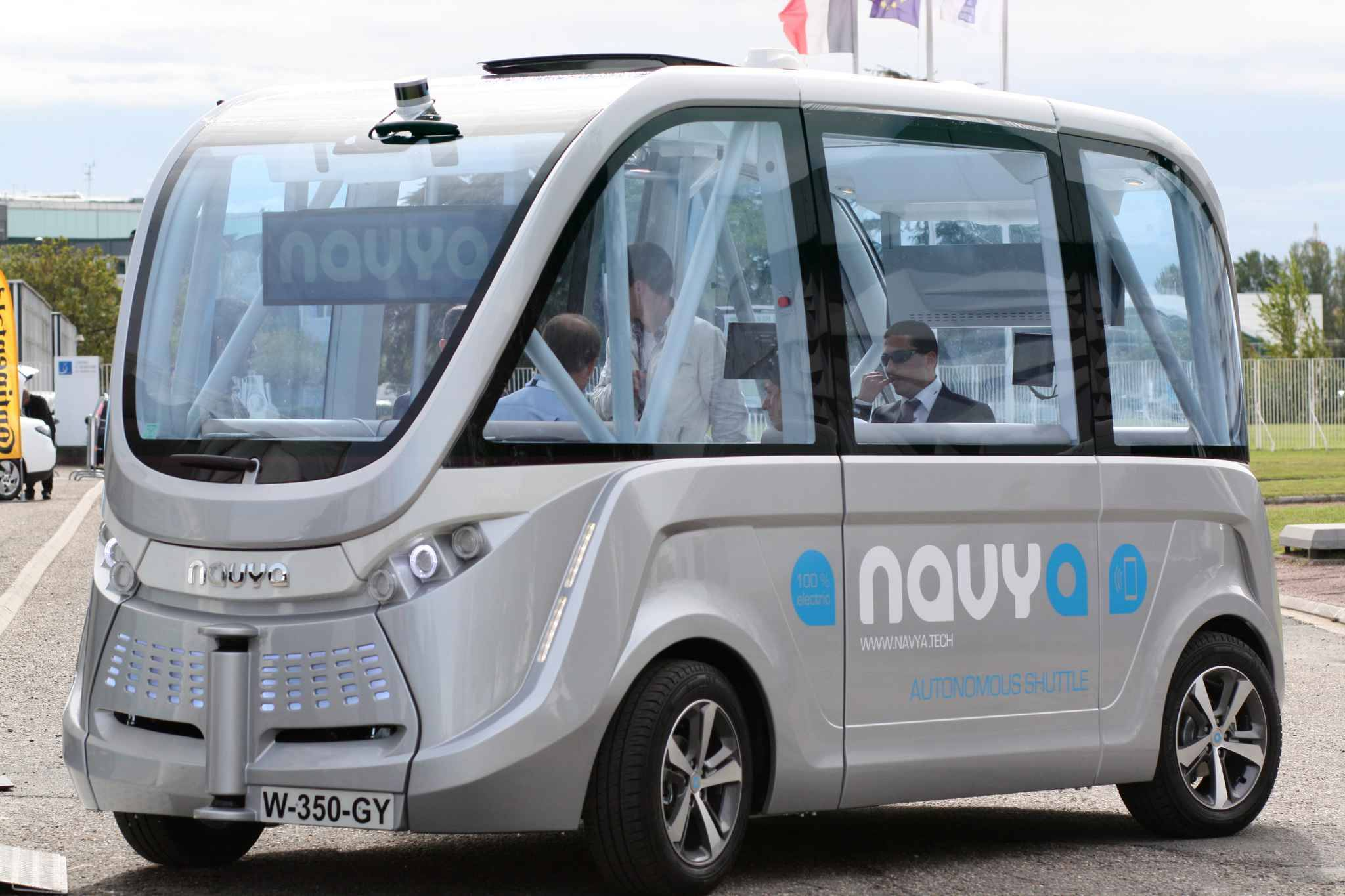 bordeaux va bient t tester un bus sans chauffeur. Black Bedroom Furniture Sets. Home Design Ideas
