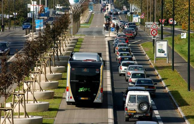 Le busway de Nantes circule en site propre.
