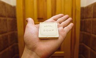 Au lieu de finir à la poubelle, ce savon peut avoir droit à une seconde existence.