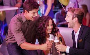 Illustration d'amis en train de trinquer au champagne dans une fête