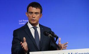 Le Premier ministre Manuel Valls.  AFP PHOTO / PATRICK KOVARIK