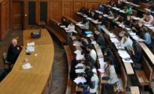 La France fait partie des quatre paysles plus prisés des étudiants étrangers.