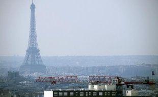 Le ciel de Paris lors d'un pic de pollution, en mars 2014