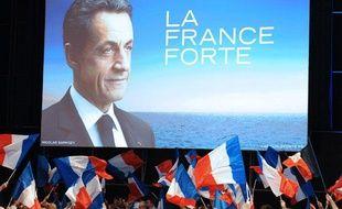 Les militants attendent l'arrivée de Nicolas Sarkozy au Zénith de Montpellier (Hérault), le 28 février 2012.