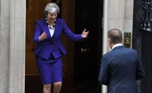 Theresa May accueille Donald Tusk ce jeudi 1er mars au 10, Downing Street, à Londres.