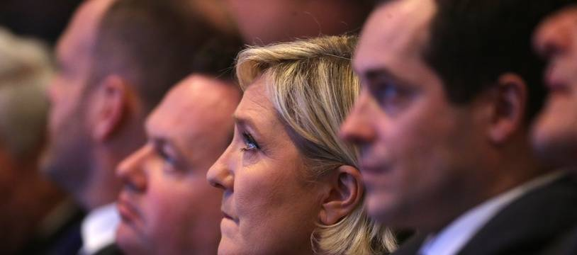 De gauche à droite, Steeve Briois, Bruno Bilde, Marine Le Pen, Nicolas Bay, membres du Front national, le 10 mars 2018 à Lille