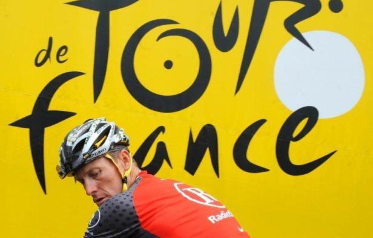 """L'équipe cycliste US Postal de Lance Armstrong avait """"monté le programme de dopage le plus sophistiqué, professionnel et réussi, jamais vu dans l'histoire du sport"""", a annoncé mercredi l'Agence américaine antidopage (USADA) dans un communiqué. – Pascal Pavani afp.com"""