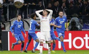 Hoffenheim jubile après l'égalisation de son défenseur Pavel Kaderabek. Pour Houssem Aouar et l'OL, c'est la désillusion.