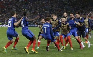 Antoine Griezmann célèbre son but face à l'Albanie, le 15 juin 2016.