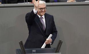 L'Allemagne a désigné le 12 février 2017 comme chef d'Etat son ancien chef de la diplomatie, Frank-Walter Steinmeier.