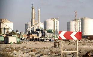 Vue générale du terminal libyen de Marsa al-Hariga le 9 avril 2014 après la levée de son blocage par les rebelles, dans l'est du pays