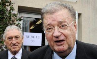 Georges Frêche, qui, bien qu'exclu du PS, avait été désigné tête de liste (divers gauche) par la fédération socialiste de l'Hérault pour les sénatoriales de septembre, a finalement renoncé à conduire cette liste et à être élu sénateur pour se consacrer à l'agglomération de Montpellier qu'il préside.