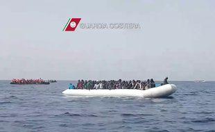 Sauvetage de migrants au large de la Sicile le 27 mai 2016.