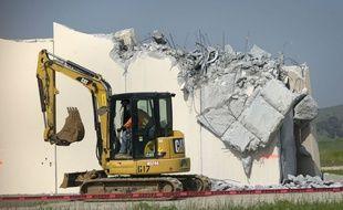 L'un des huit prototypes de mur, détruit mercredi 27 février 2019 à la frontière mexicaine.