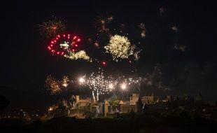 Le feu d'artifice tiré au-dessus de la cité de Carcassonne le 14 juillet 2019.