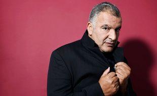 """Magyd Cherfi du groupe Zebda, qui en 1995 composa l'album """"Le bruit et l'odeur""""."""