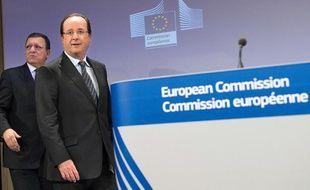 François Hollande en compagnie du président de la Commission européenne, Jose Manuel Barroso, à Bruxelles, le 15 mai 2013.