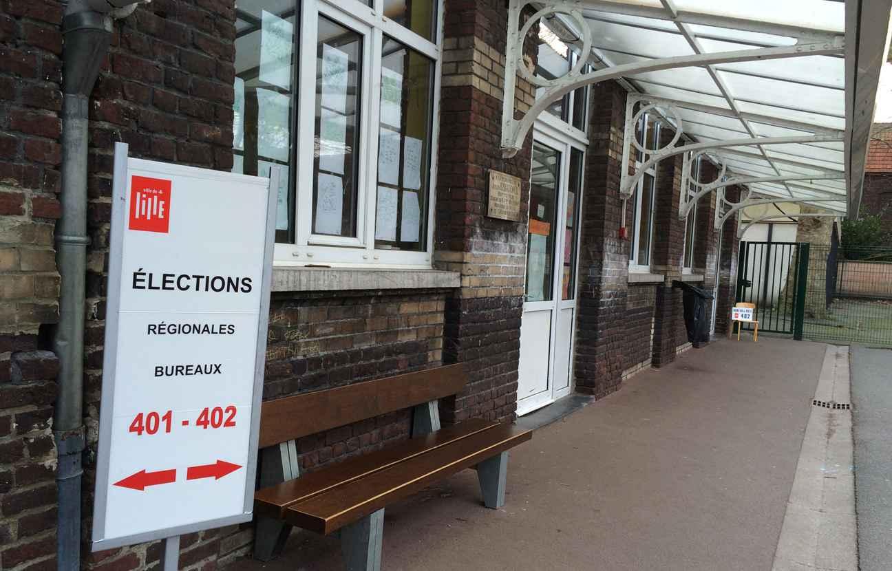 nord a lille les bureaux de vote sont ouverts jusqu 39. Black Bedroom Furniture Sets. Home Design Ideas