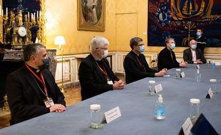Éric de Moulins-Beaufort et la Conférence des évêques de France à Matignon. (archives)