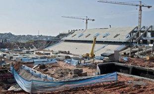 """Le Comité organisateur local (COL) de la Coupe du monde de football 2014 au Brésil a présenté mardi sa stratégie pour faire un Mondial """"durable"""", dans le cadre de Rio+20, la Conférence de l'ONU qui se déroule cette semaine à Rio."""
