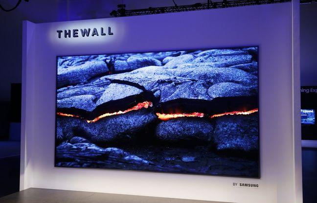 Le téléviseur à MicroLED auto-émissifs The Wall de Samsung.