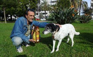 Gilles Vouillon dénonce la malbouffe animale et décrypte la composition des croquettes pour chiens et chats.