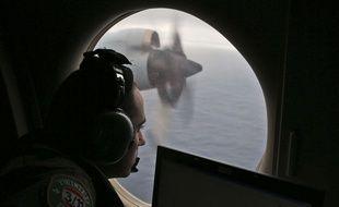Illustration: recherches en cours pour retrouver le MH370.