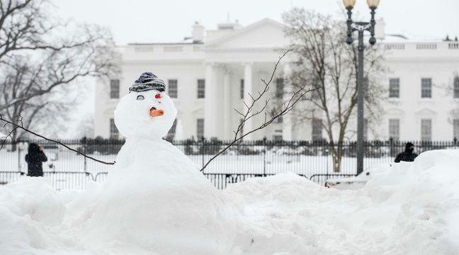 A Washington, la Maison Blanche a elle aussi été recouverte d'un épais manteau neigeux après le passage de la tempête Jonas, alias Snowzilla. – SIPANY/SIPA