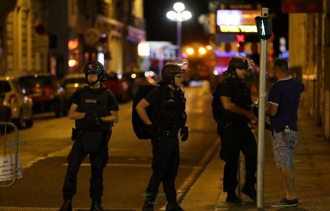 648x415_policiers-nice-nuit-14-15-juillet-2016.jpg