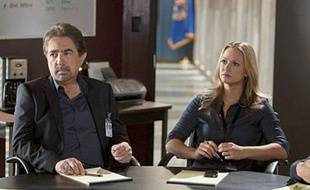 Joe Mantegna et Andrea Joy Cook d'«Esprits criminels»