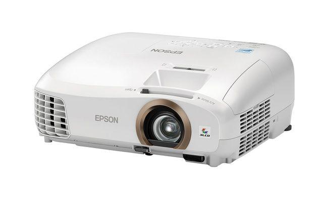 Le vidéoprojecteur Epson EH-TW5350 est un modèle Full HD vendu moins de 800 euros.