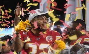 Tyrann Mathieu et les Chiefs de Kansas City célèbrent leur victoire contre les San Francisco 49ers, à Miami Gardens le 2 février 2020.