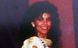L'ancienne Miss France 1985 Suzanne Iskandar juste après son élection.
