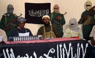 Des militants somaliens d'Al-Chabaab, à Mogadiscio (Somalie), en 2008.