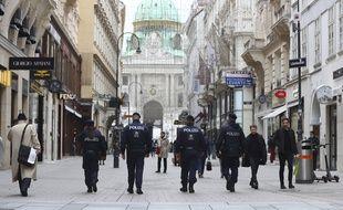 Le gouvernement autrichien a admis des erreurs mercredi, deux jours après l'attentat islamiste meurtrier qui a endeuillé Vienne.